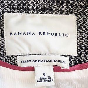 Banana Republic Jackets & Coats - Banana Republic Black & White Tweed Blazer